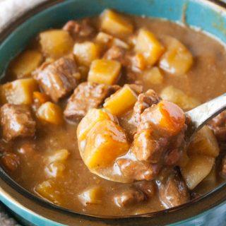 Slow Cooker Beef Stew facebook image.