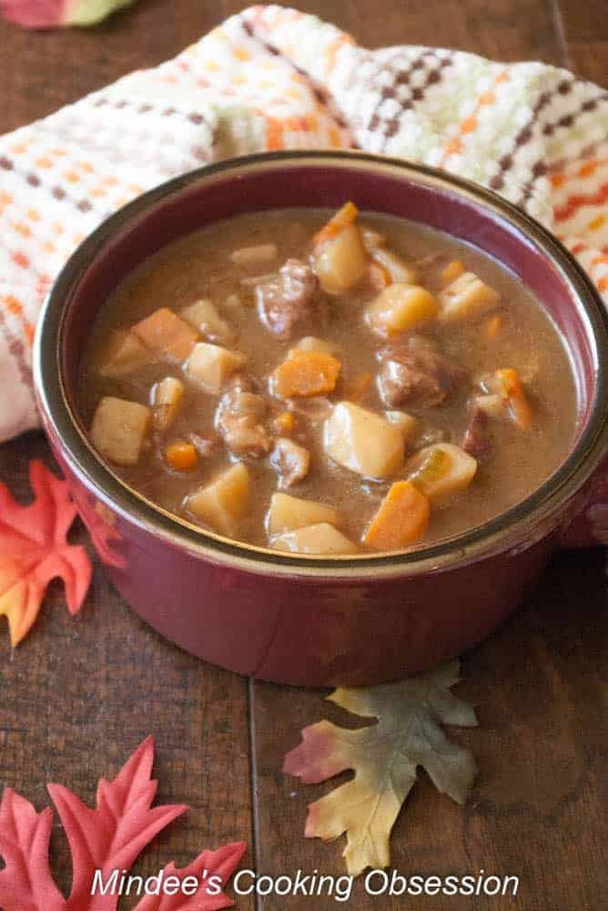 Slow Cooker Beef Stew This slow cooker beef stew will warm you right up this fall and winter with it's tender pieces of meat and veggies in rich brown gravy.