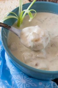 Pinnable image 2 for clam chowder.