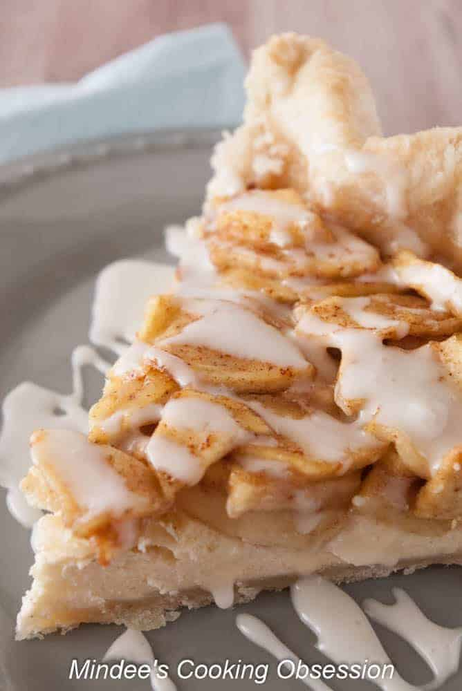 Apple Cheesecake Pie- With cheesecake on the bottom and apple pie on the top, apple cheesecake pie is the perfect blend of two dessert favorites!