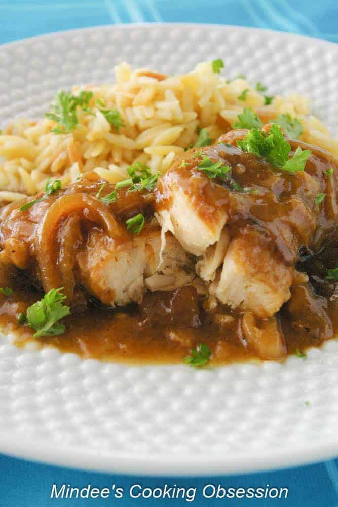 Chicken in Caramelized Onion Sauce  This chicken in caramelized onion sauce is so tender and flavorful!   Makes a great meal during the week as well as on the weekends!