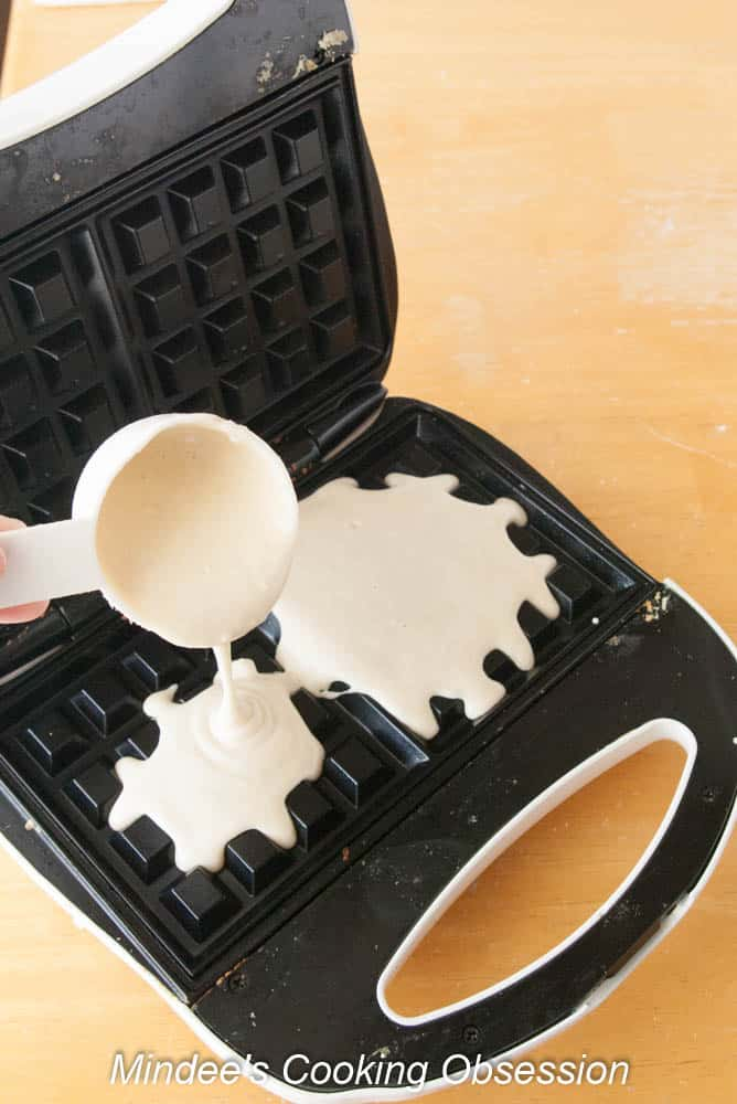 No Fuss Homemade Waffles- light, fluffy waffles made from scratch! No special ingredients required!