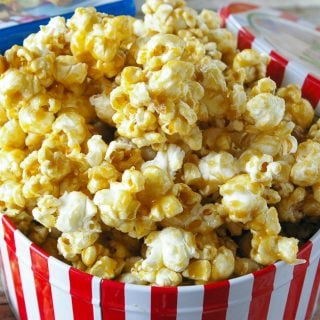 Facebook image for easy caramel popcorn.