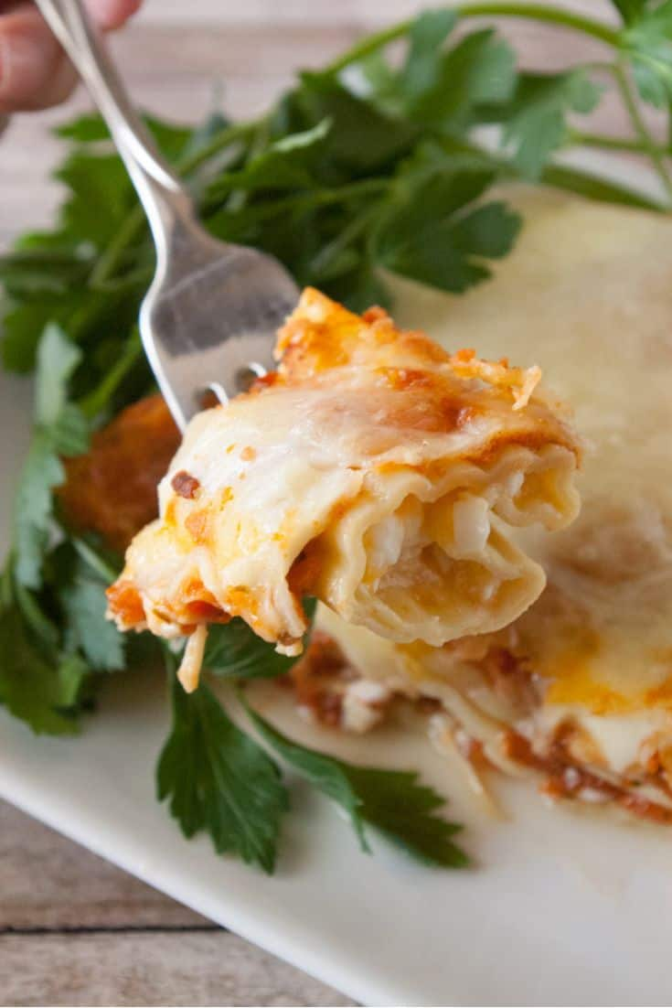 Pinnable image 2 for 3 Cheese manicotti.