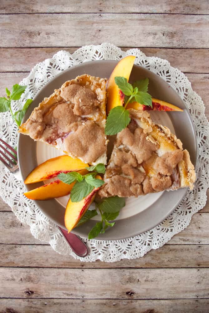 Streusel Topped Peach Pie PLRC9