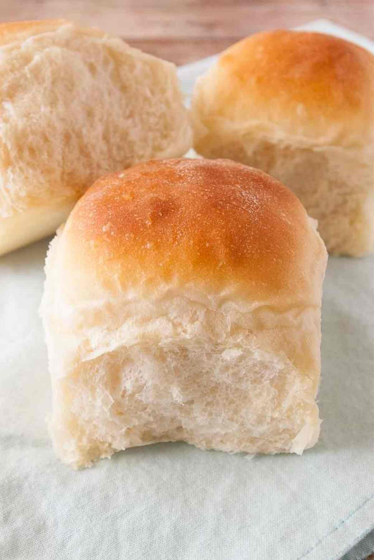 Three 90 minute dinner rolls ready to eat!