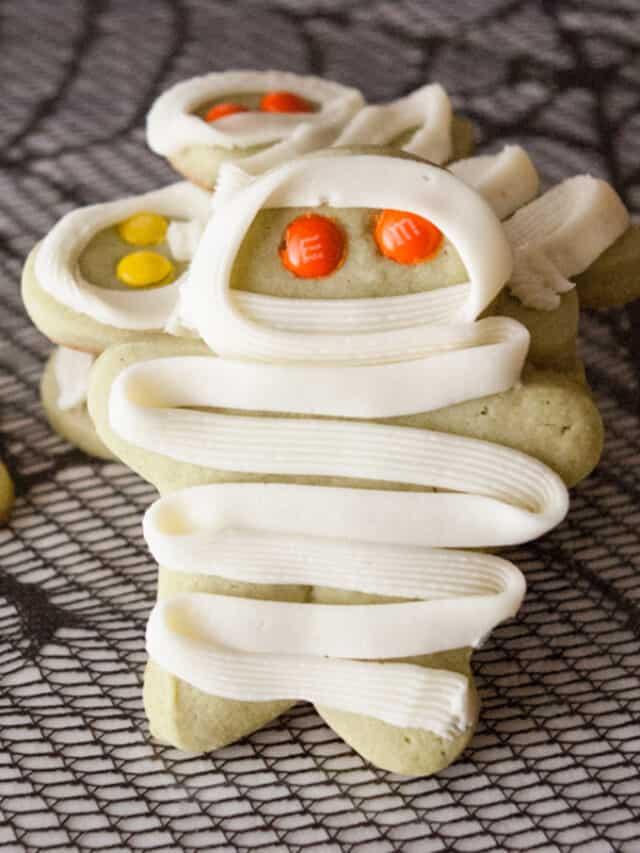 cropped-Mummy-Cookies-1.jpg